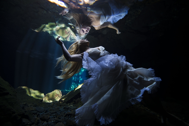 Our World Underwater 2017 Winning Image by Alicia